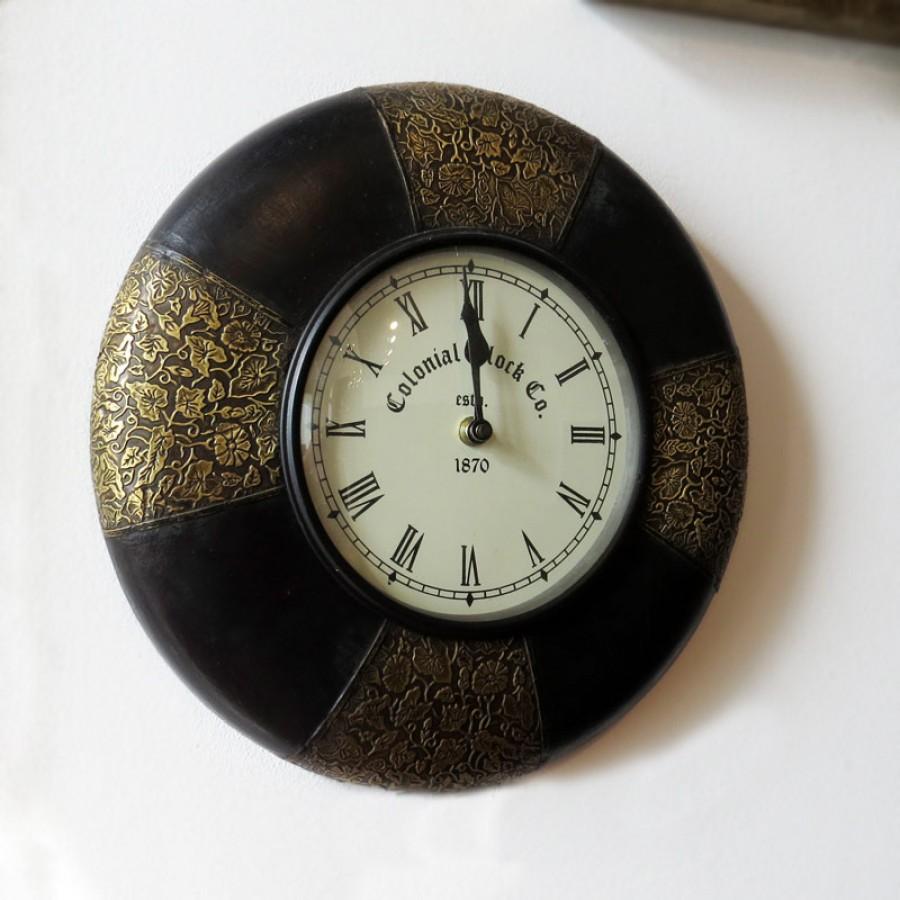 Кварцевые настенные часы из дерева и латуни
