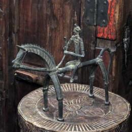Бронзовая скульптура из Индии Daud, 20 см