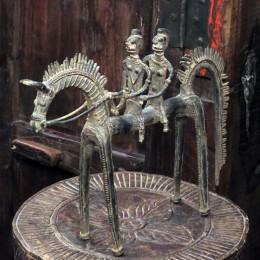 Скульптура людей на лошади из бронзы Saathiyon, 23 см