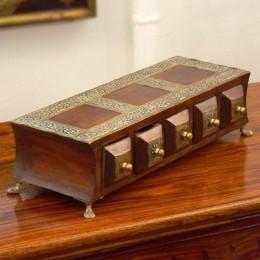 Шкатулка-комод с отделениям, коричневая, Vibhaag I