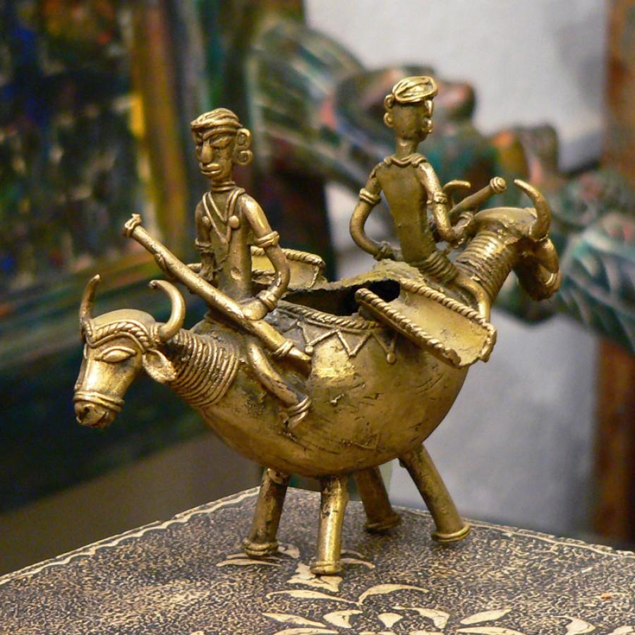 Индийская пепельница из бронзы Goldan Naav, 20х13 см