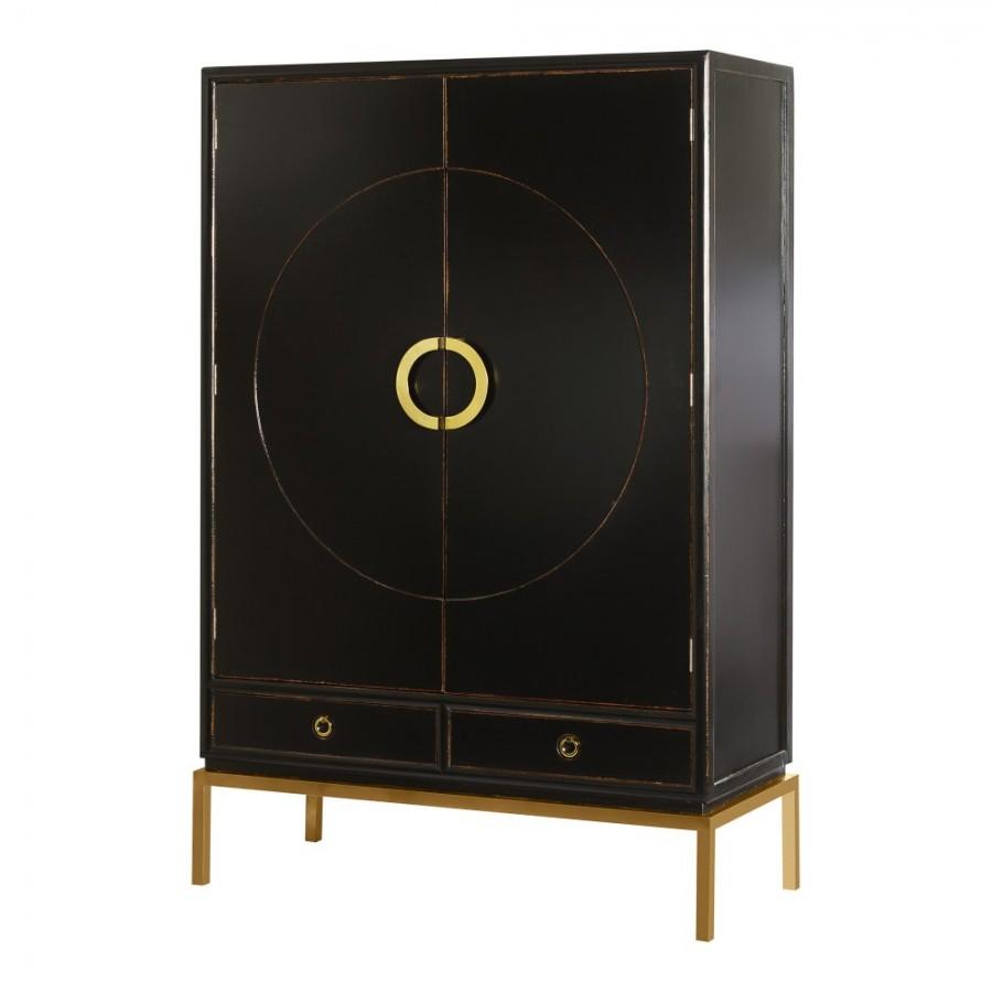 Черный шкаф в восточном стиле