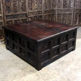 Большой сундук-стол из палисандра. Индия