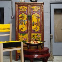 Шкаф в восточном стиле с жанровой росписью Lianri, 175 см