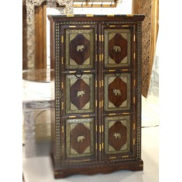 Индийский шкаф-комод из массива с чеканкой, 150 см