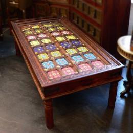Восточный журнальный стол с керамическим декором