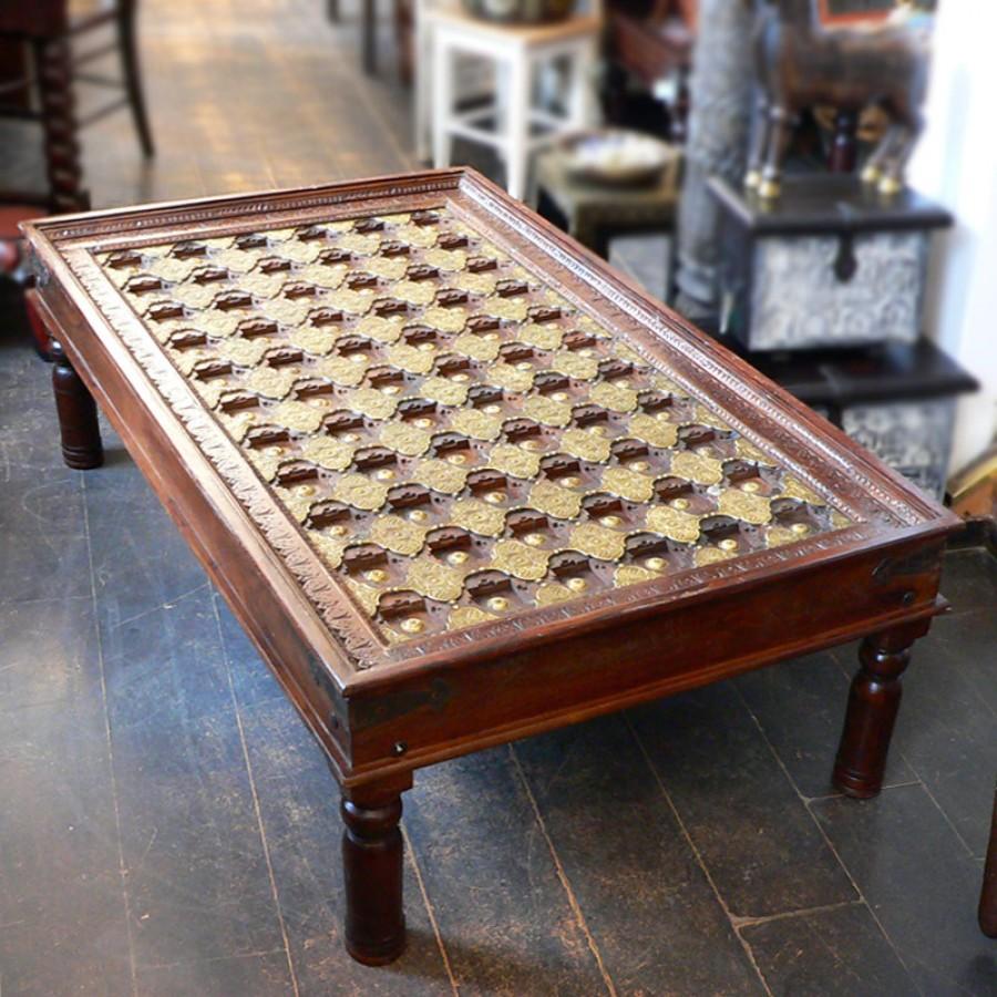 Журнальный стол из дерева и латуни Shisht, 45 см