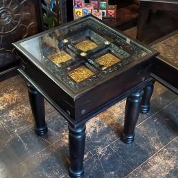 Индийский кофейный столик. Резьба. Чеканка