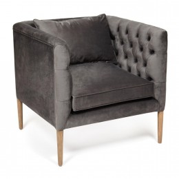 Элегантное мягкое кресло с подлокотниками Чертальдо