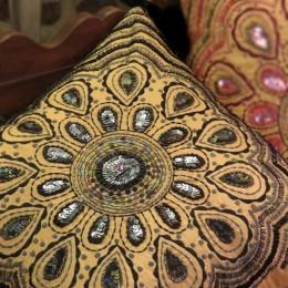 Декоративный чехол Marala