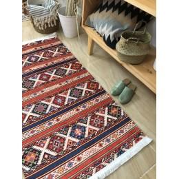 Ковер-килим с восточным орнаментом