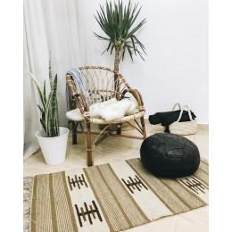 Коврик килим с традиционным мотивом
