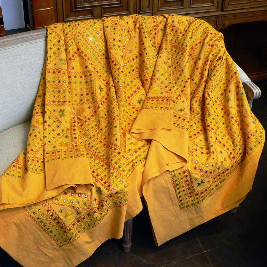 Индийское покрывало с вышивкой, 220х270 см