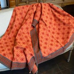 Покрывало из Индии морковного цвета, 220х270 см
