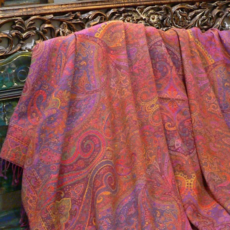 Шерстяной плед с восточным орнаментом, 150х220 см